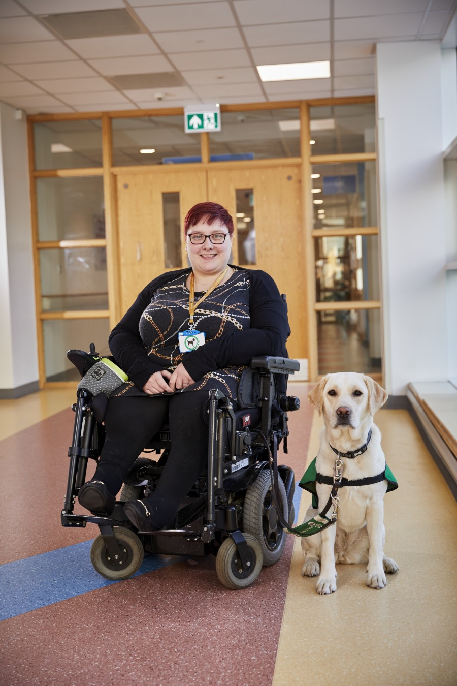 Vicki & assistance dog Vila